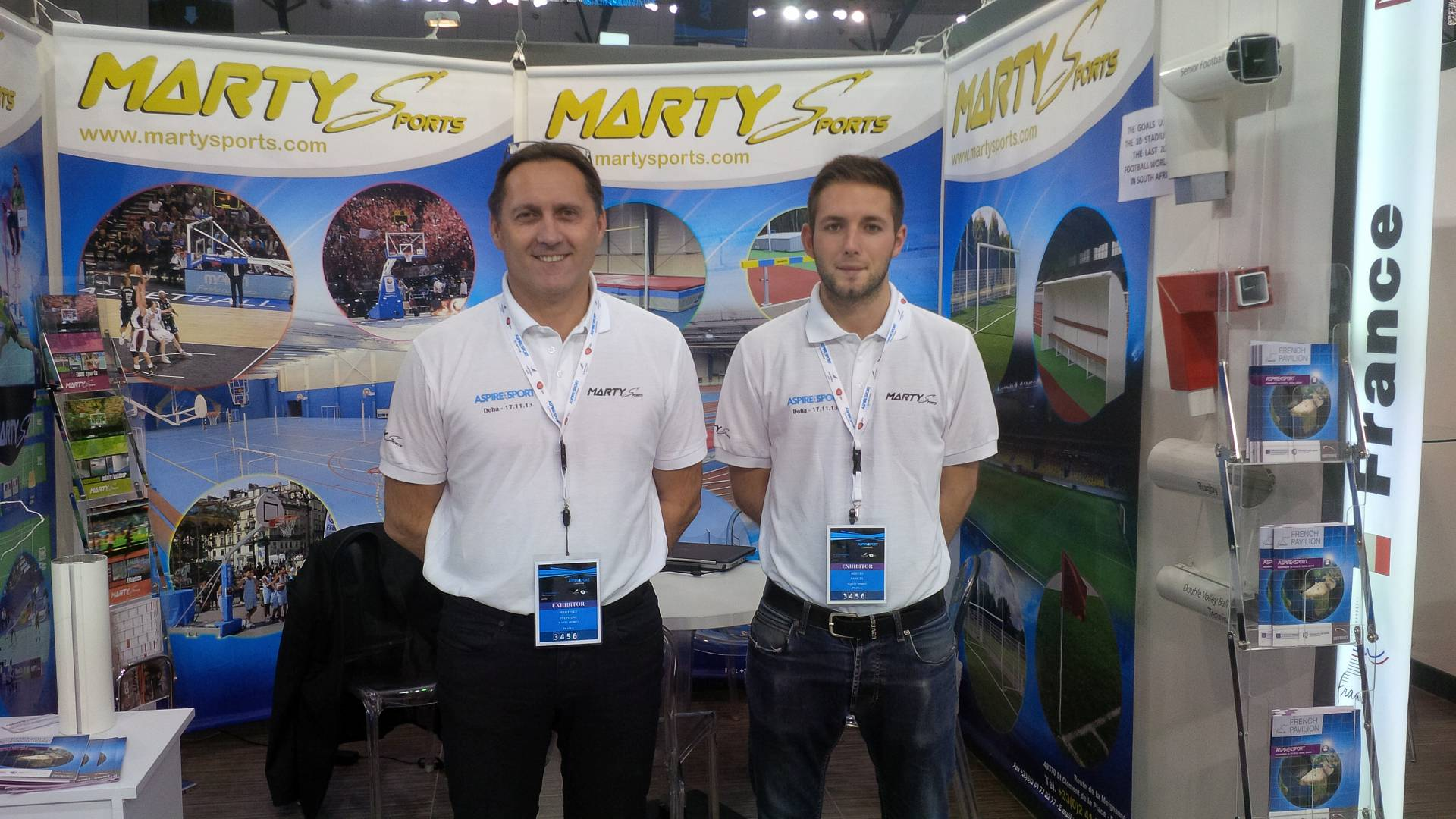 STAND ET EQUIPE COMMERCIALE A4ASPIRESPORTS 2.jpg